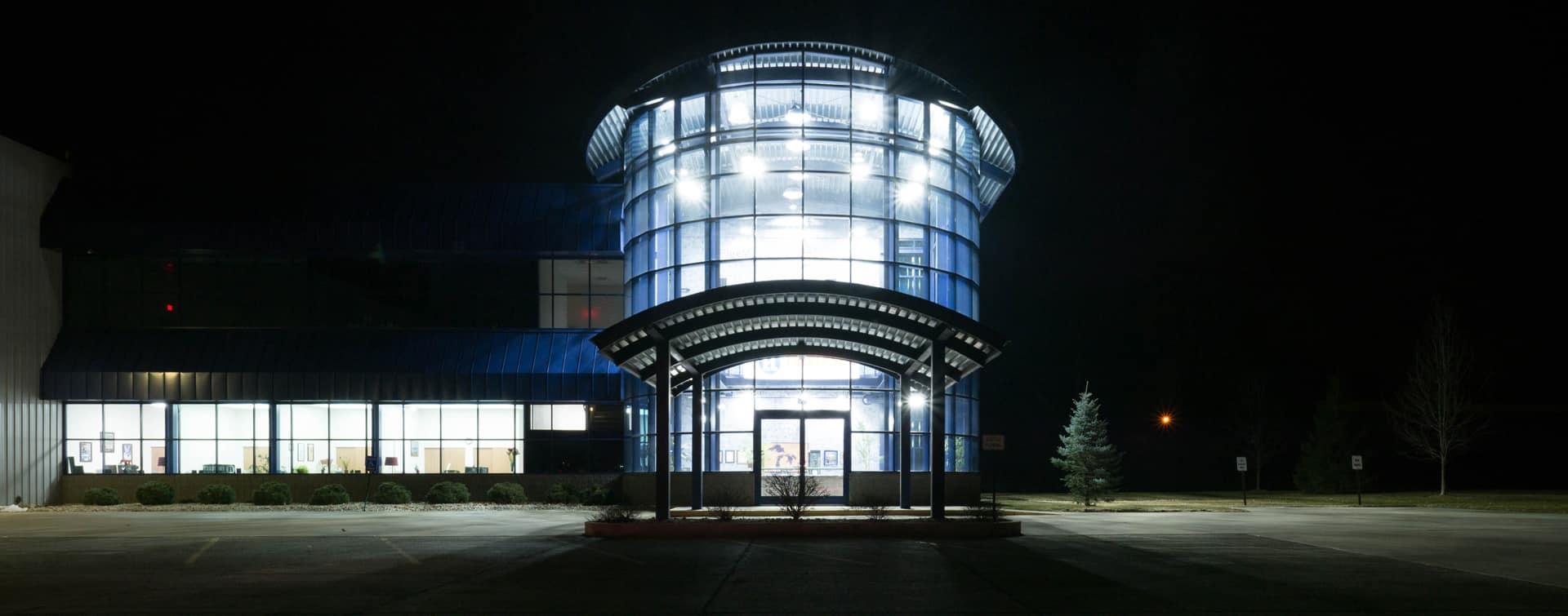Buy michigan everlast lighting